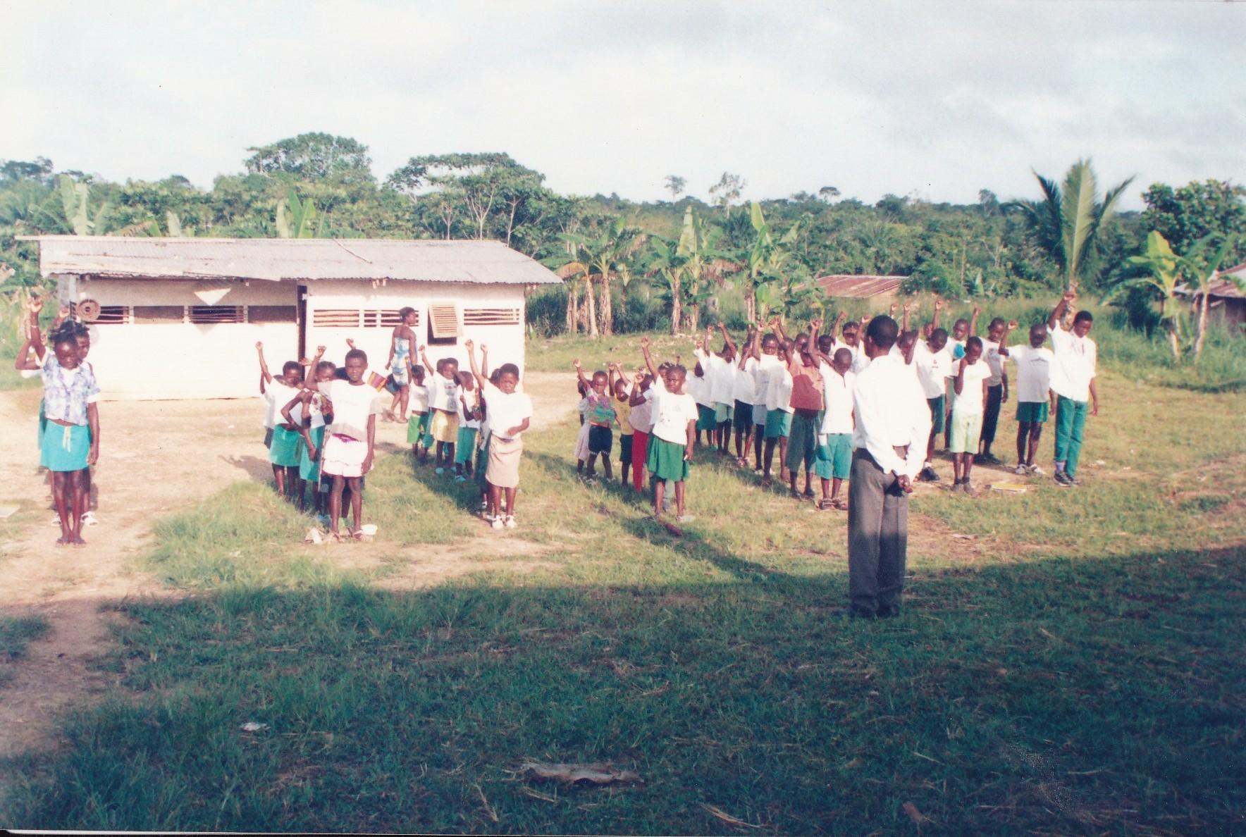 Pastor Francisco Gutierrez - En Africa (10)