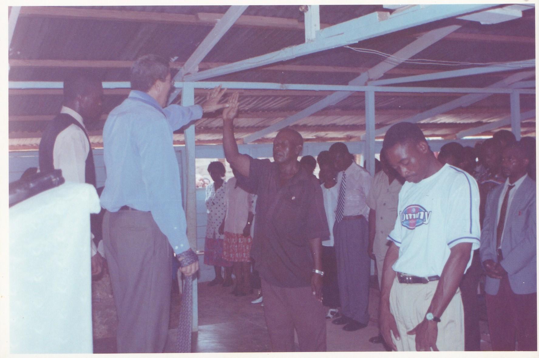 Pastor Francisco Gutierrez - En Africa (21)