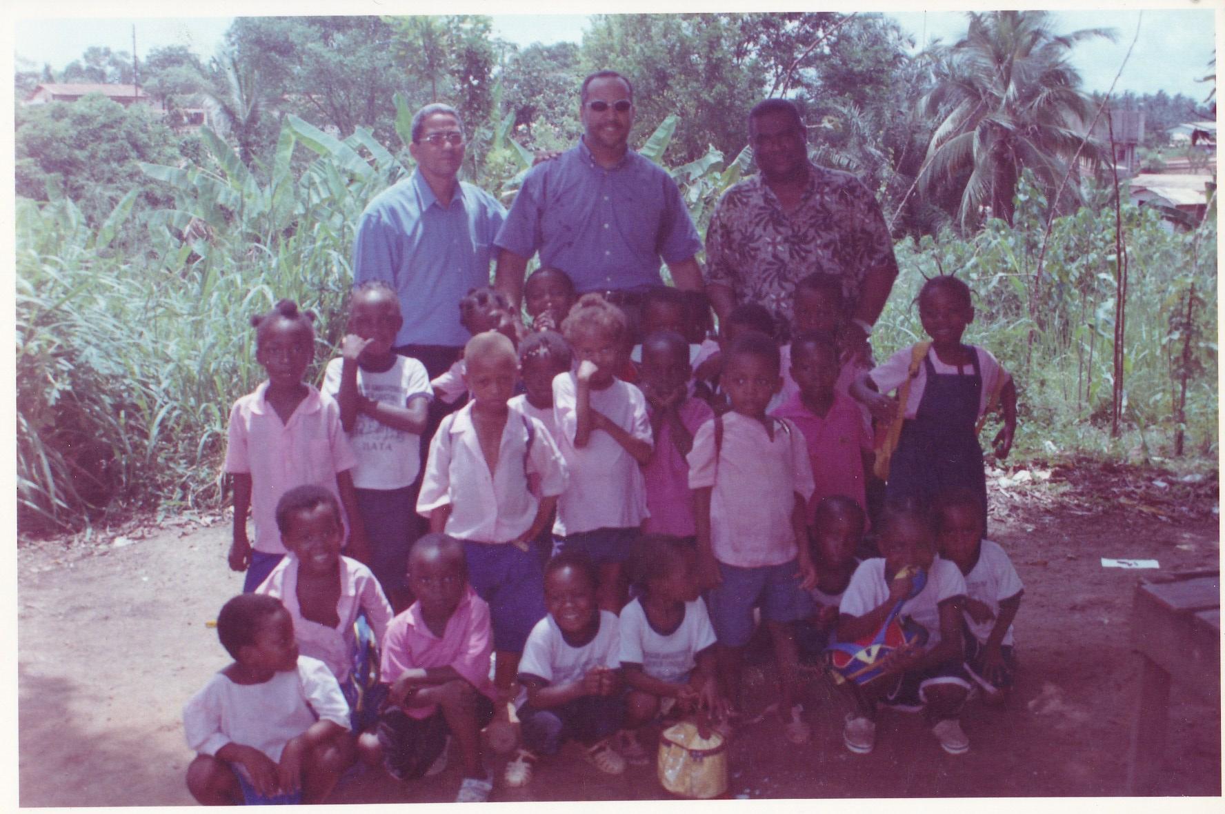 Pastor Francisco Gutierrez - En Africa (40)
