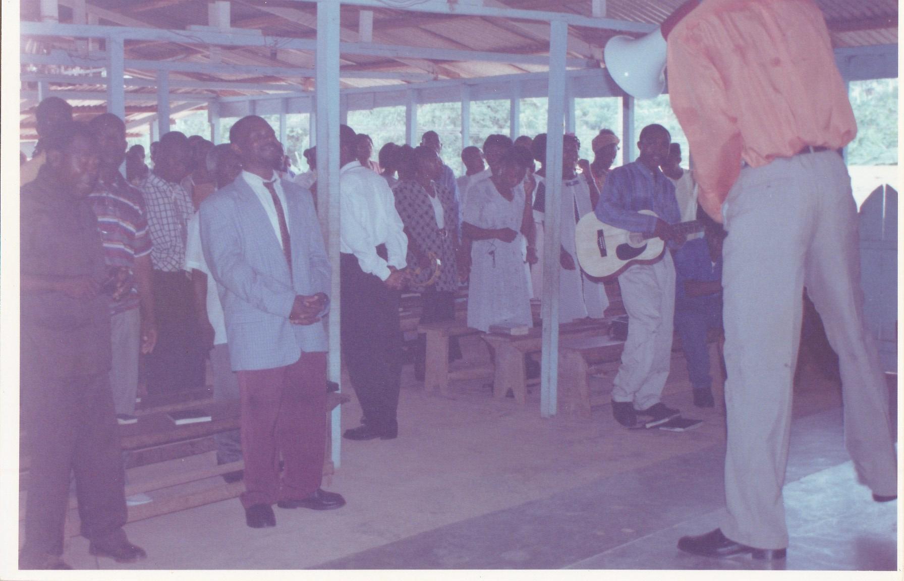 Pastor Francisco Gutierrez - En Africa (43)