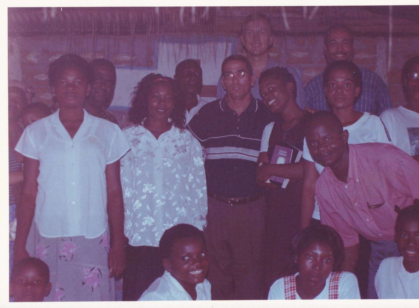 Pastor Francisco Gutierrez - En Africa (8)